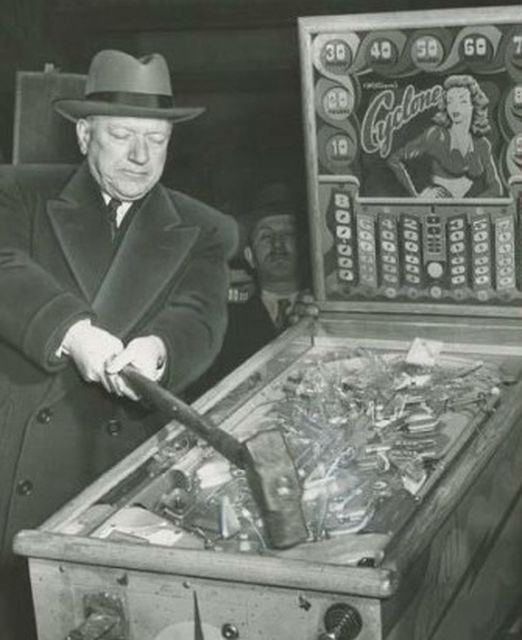 The poet who wanted to be buried underneath a pinball machine