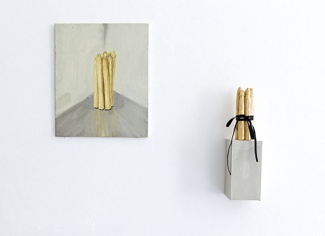 Aukje Koks, Oil on panel & wooden sculpture, Points d'Amour / Het witte goud, 2011