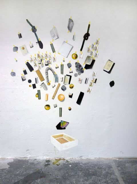 Aukje Koks, Oil on pieces of unstretched linen, Scattered opinions, 2009