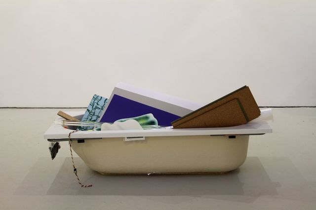 Peggy Franck, Bathtub and diverse materials, A household without responsibilities, 2013